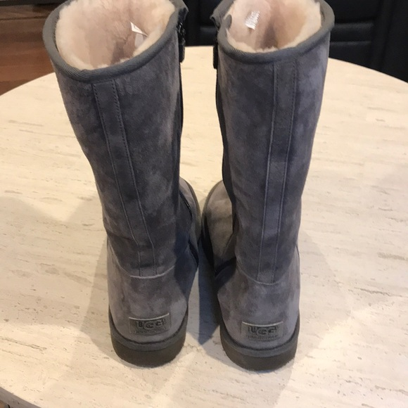 9227e93c3f5 Ugg Sumner boots